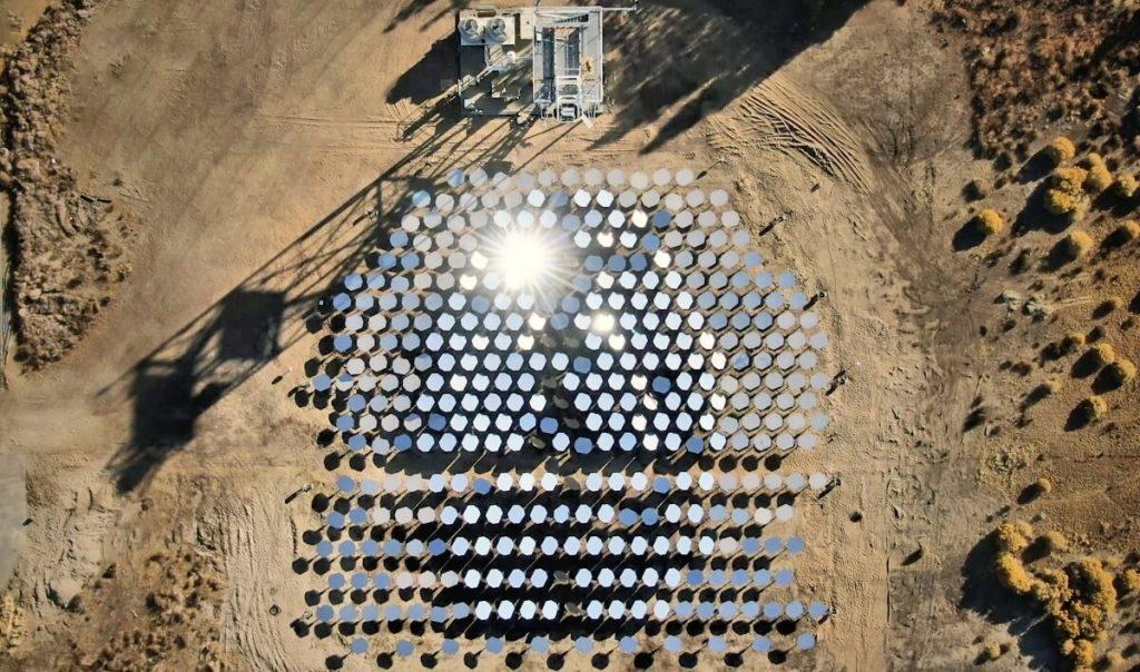 ბილ გეიტსის კომპანიამ მზის სინათლისგან 1000 გრადუსი ტემპერატურა მიიღო — იმედისმომცემი ტექნოლოგია მრეწველობაში