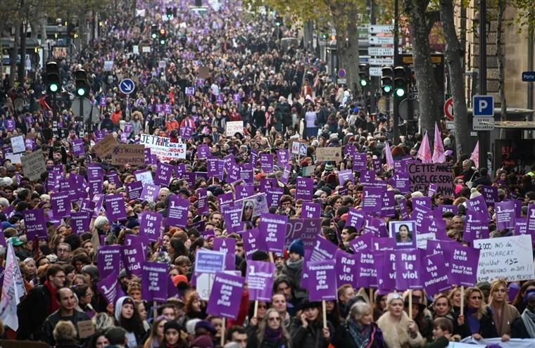Փարիզում ընտանեկան բռնության դեմ կայացել է բողոքի ցույց
