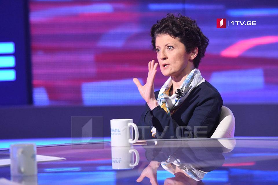 """თეა წულუკიანი -ქუჩაში დგანან """"ნაციონალური მოძრაობა"""" და მისი ნაფოტები"""