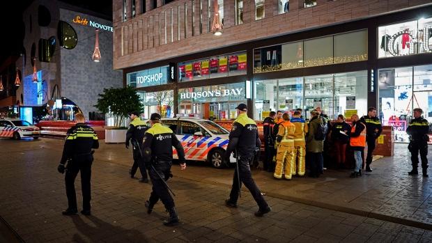 ჰააგის პოლიციამ სავაჭრო ცენტრში მომხდარ თავდასხმაში ეჭვმიტანილი დააკავა