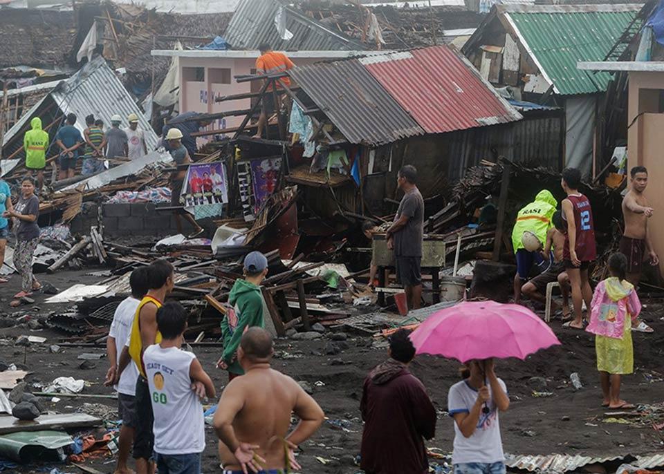 ფილიპინებში ტაიფუნის შედეგად დაღუპულთა რიცხვი 13-მდე გაიზარდა
