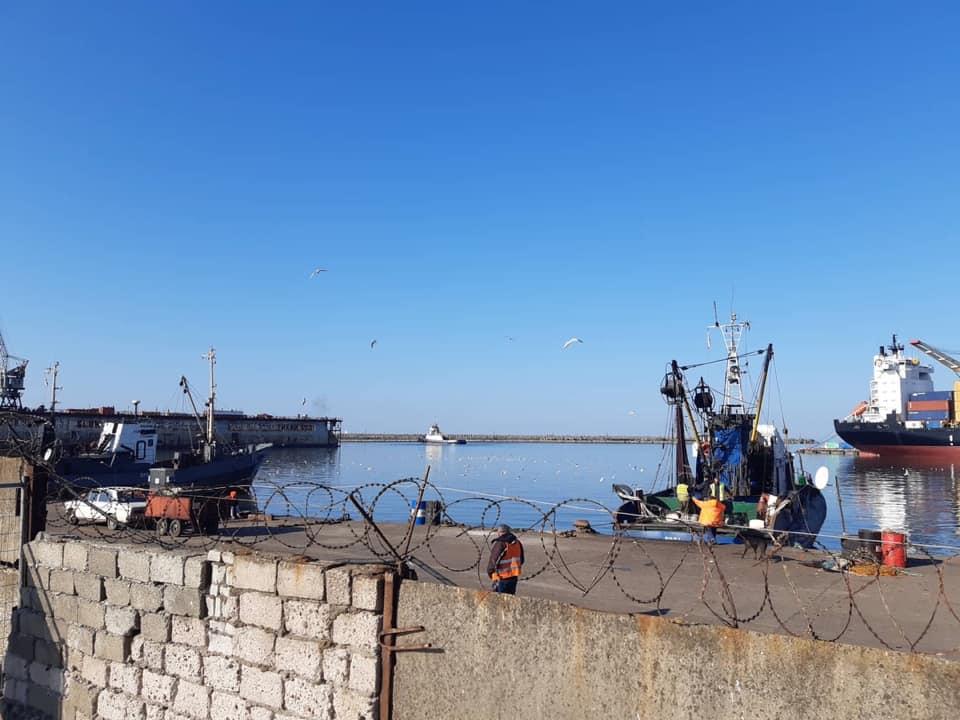 Рыболовецкое судно утонуло в Кобулети