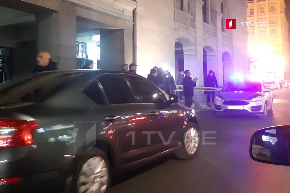 თბილისში, მარჯანიშვილის ქუჩაზე ორი ადამიანი დაჭრეს