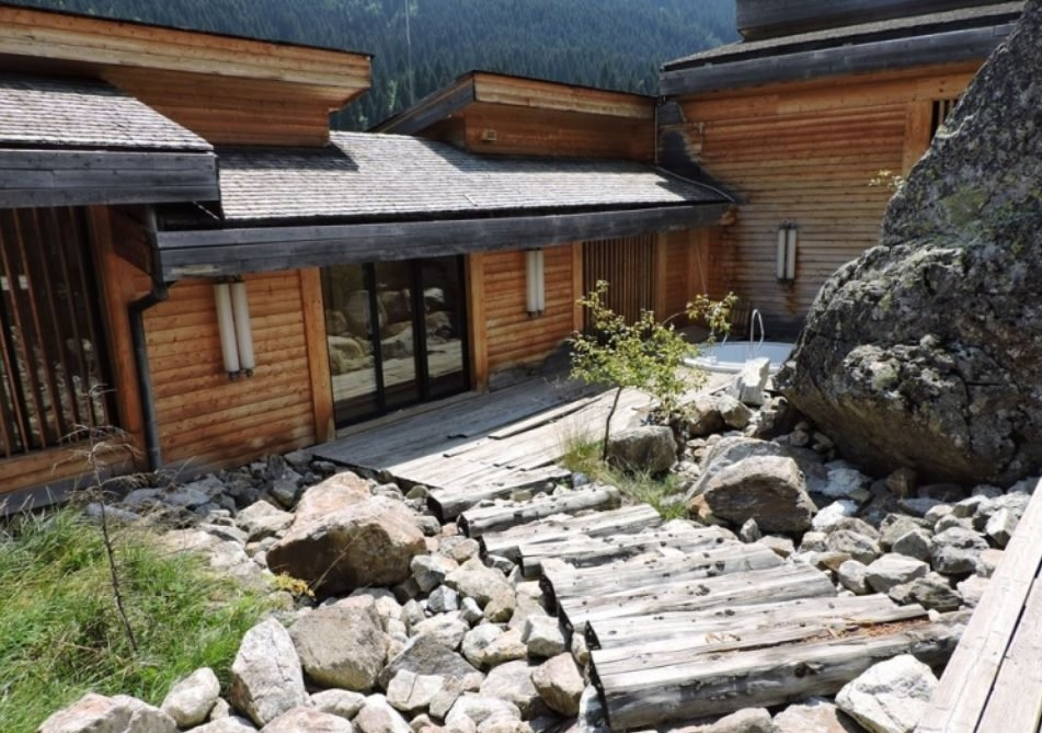 Former presidential residence in Mestia sold for 7 510 000 GEL on e-auction