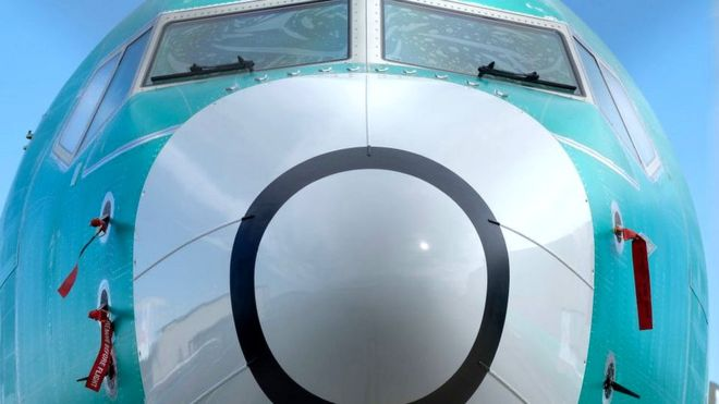 """""""ბოინგი"""" ავიალაინერ """"737 მაქსის"""" წარმოებას აჩერებს"""