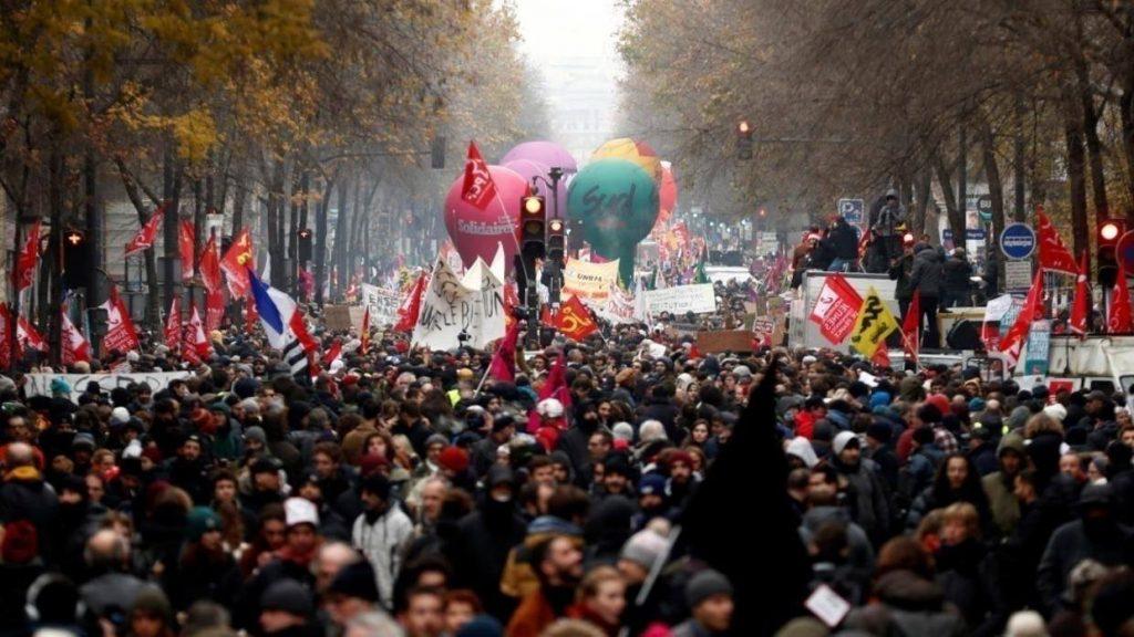 Ֆրանսիայում մեկնարկել են լայնամասշտաբ ցույցերը կենսաթոշակային բարեփոխման դեմ