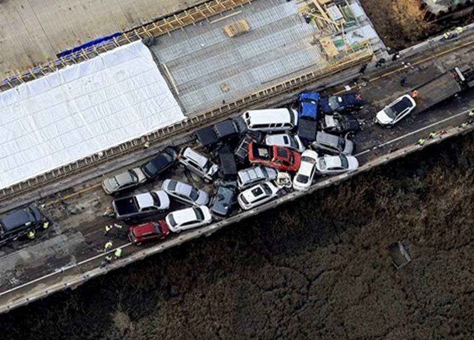 69 автомобилей столкнулись в Вирджинии