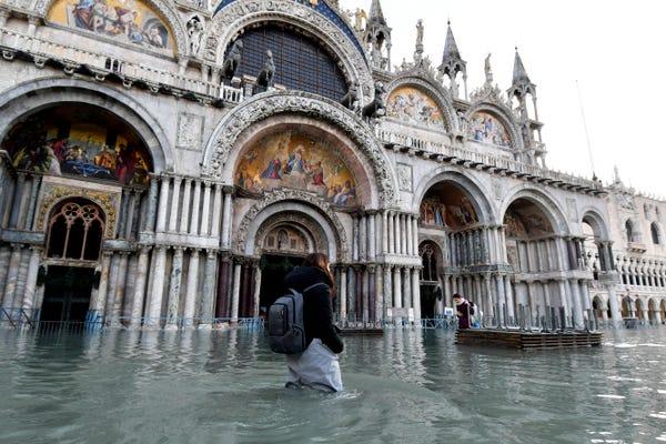 Венециa еиҭaх aӡхыҵрa ҟaлеит