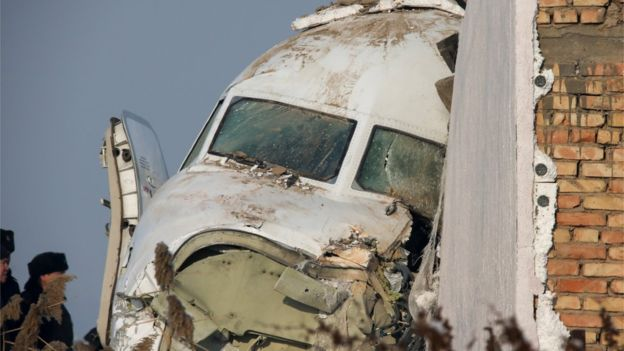 ყაზახეთში ავიაკატასტროფისას დაღუპულთა რიცხვი 15-მდე გაიზარდა
