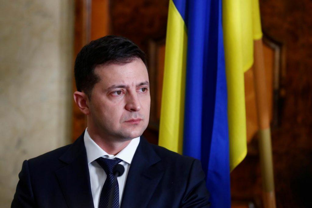 Vladimer Zelenski Radaya mərkəzsizləşdirmə ilə bağlı konstitusiya dəyişikliklərini təqdim etdi