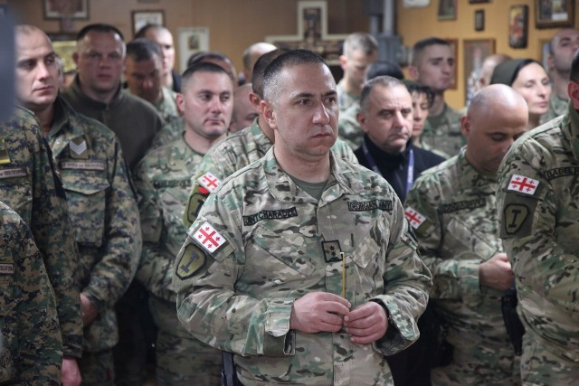 ქართველმა ჯარისკაცებმა ავღანეთში, ბაგრამის ბაზაზე არსებულ ქართულ ეკლესიაში ქრისტეშობის დღესასწაული აღნიშნეს