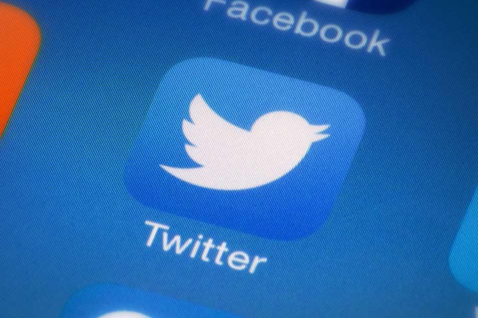 """""""ტვიტერი"""" სოციალურ ქსელში პოსტებზე პასუხების შეზღუდვის ფუნქციის დამატებას განიხილავს"""