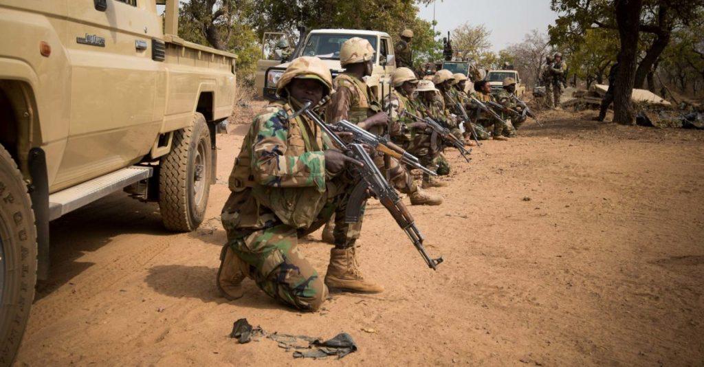 ნიგერში სამხედრო ბაზაზე თავდასხმის შედეგად 25 ჯარისკაცი დაიღუპა