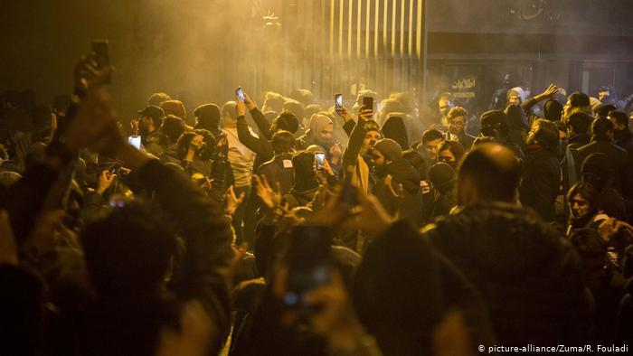 თეირანში აქციის მონაწილეებსა და უსაფრთხოების ძალებს შორის დაპირისპირება მოხდა