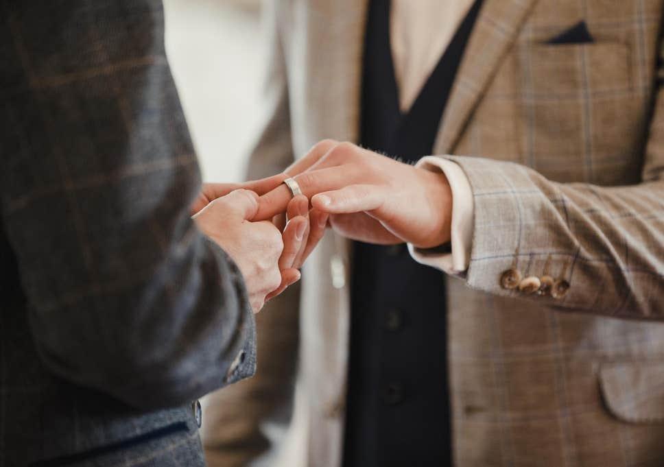 """""""ბიბისი"""" - ჩრდილოეთ ირლანდიაში ერთნაირსქესიანთა ქორწინება კანონიერი გახდა"""