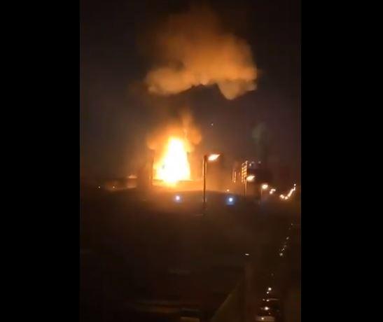 კატალონიაში, ნავთობქიმიურ ქარხანაში აფეთქება მოხდა [ვიდეო]