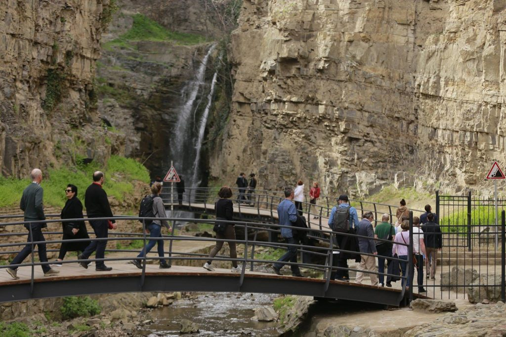 NBG – Revenues from tourism increased by 1.4% in 2019