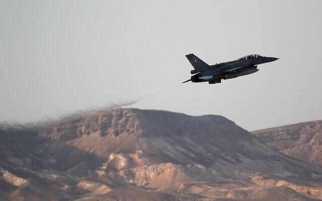 """ისრაელის სამხედრო ავიაციამ """"ჰამასის"""" სამიზნეებზე იერიში მიიტანა"""