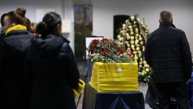 ირანში თვითმფრინავის ჩამოგდების დროს დაღუპულთა ცხედრები უკრაინაში გადაასვენეს