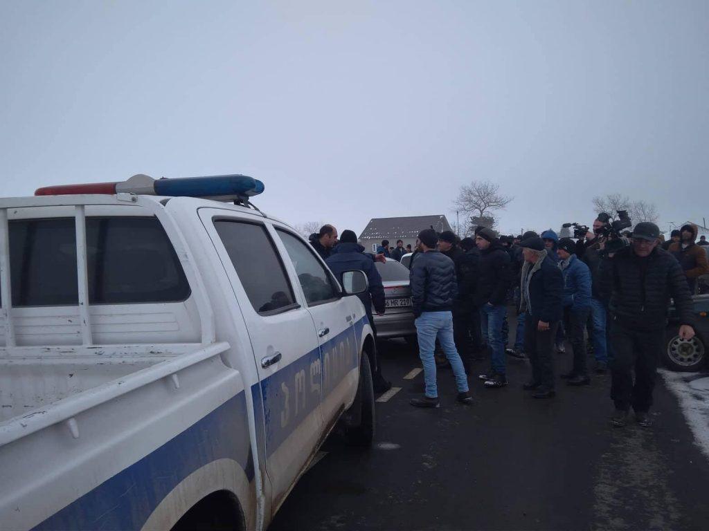 Նինոծմինդայի Գորելովկա գյուղի բնակչությունը պահանջում է կարգավորել ջրի և արոտավայրերի հիմնախնդիրը