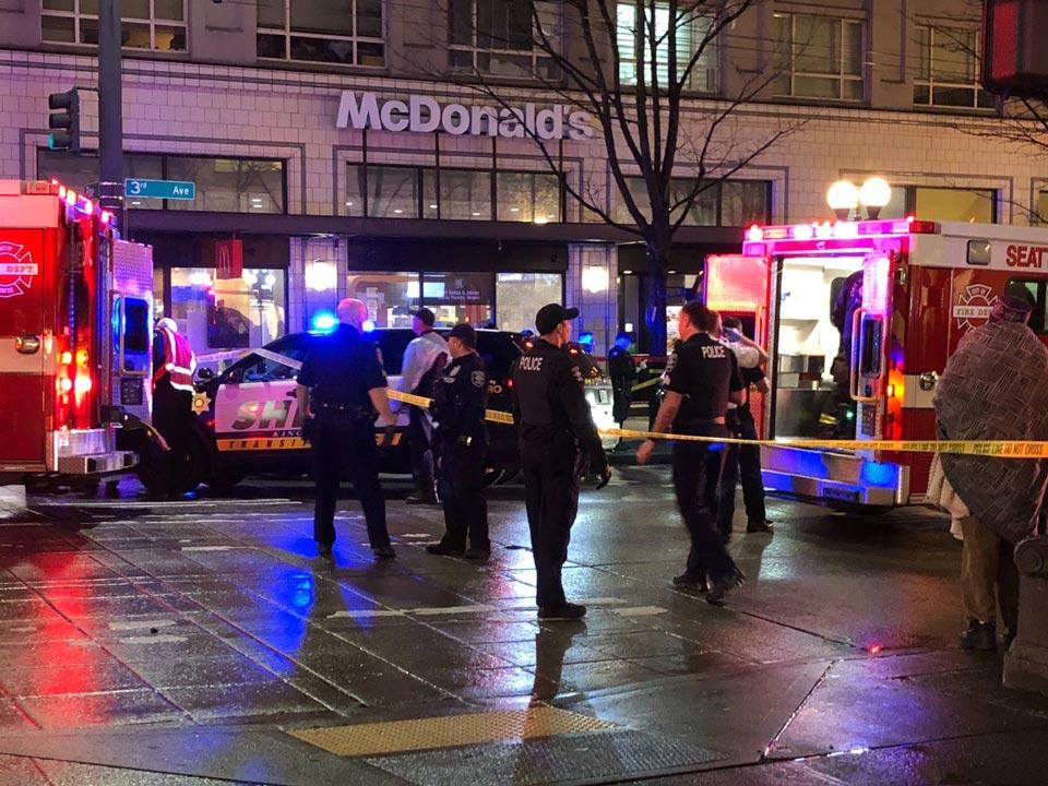 სიეტლში სროლის შედეგად მოკლულია ერთი და დაჭრილია შვიდი ადამიანი, მათ შორის ერთი ბავშვი
