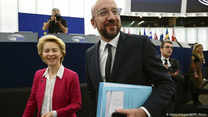 EU leaders sign UK Brexit agreement