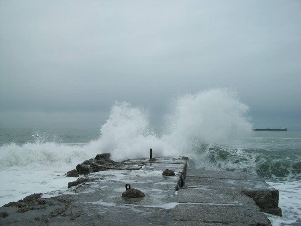 Փոթիի և Ղուլևիի առափնյա գոտում 4-5 բալ փոթորիկ է