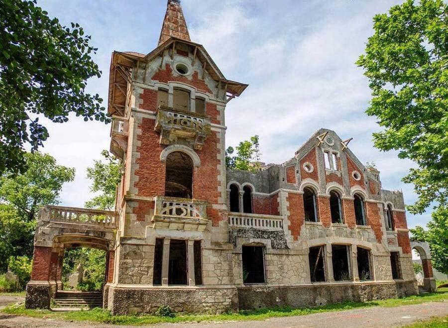 ფოთში აღმაშენებლის ქუჩაზე მდებარე კულტურული მემკვიდრეობის ძეგლი ქალაქს გადაეცა