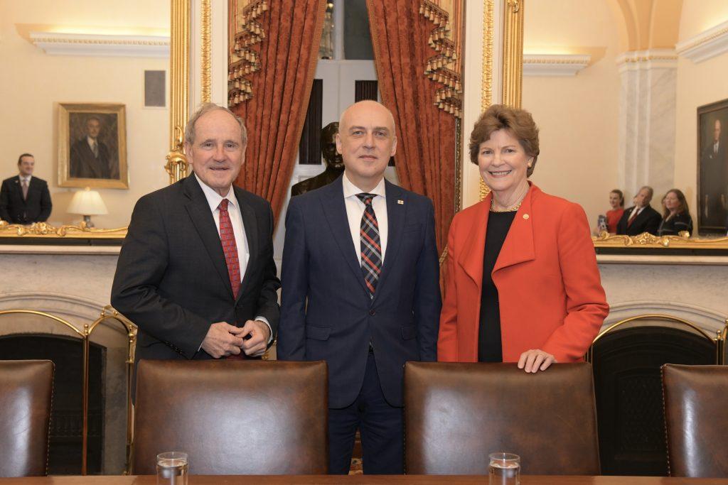 U.S. Senators Jim Risch and Jeanne Shaheen meet with Georgian FM