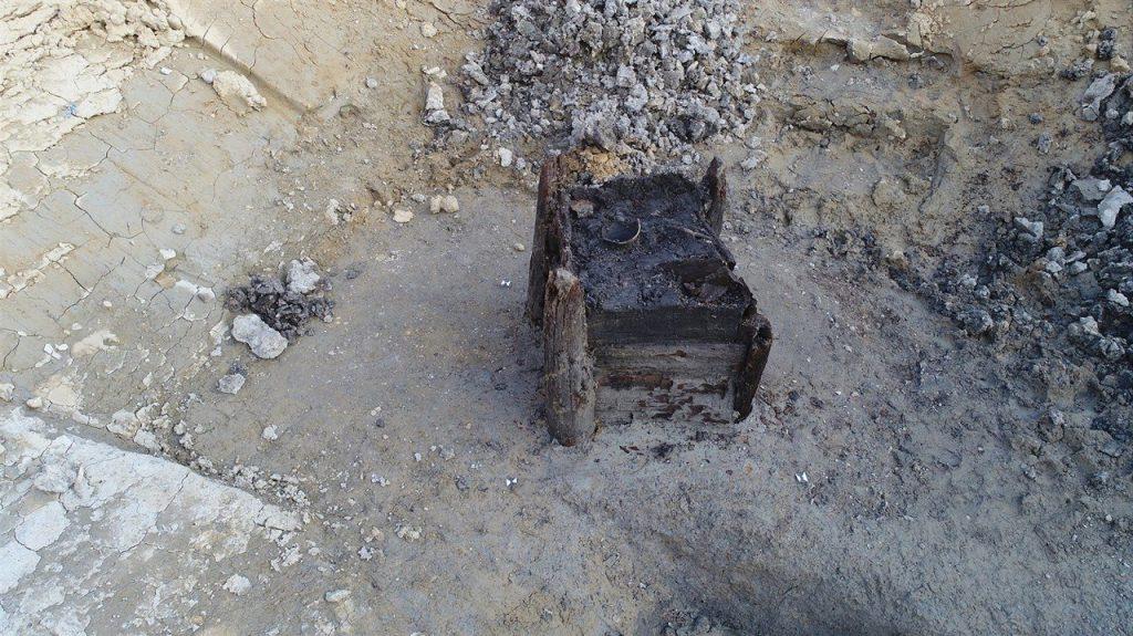 აღმოჩენილია ყუთის მსგავსი ობიექტი, რომელიც შესაძლოა, ჩვენამდე მოღწეული უძველესი ხის სტრუქტურა იყოს