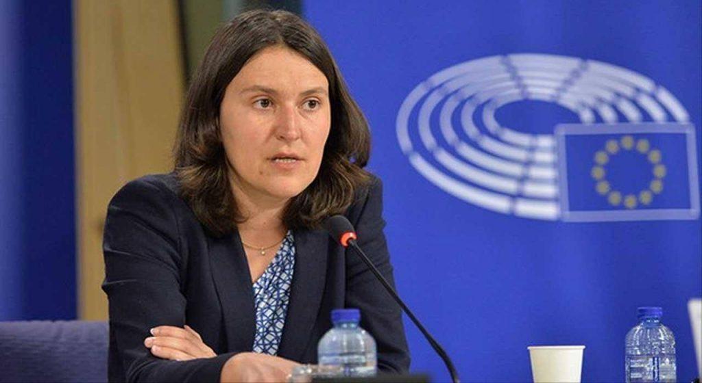 Европарламентарий Кати Пири выступает с инициативой, чтобы Европарламент выполнил роль посредника между властью и оппозицией