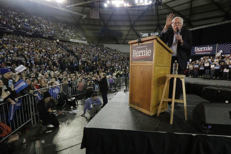 ბერნი სანდერსმა მაიკლ ბლუმბერგს მიმართა - ჩვენ დემოკრატია ვართ და არა ოლიგარქია