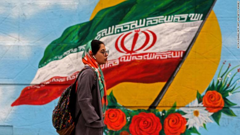 Iranians vote to elect new parliament