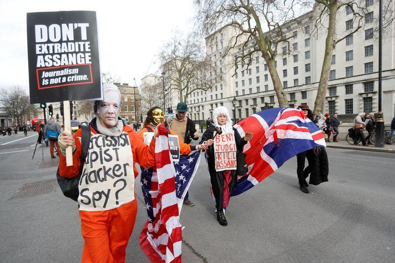 დიდი ბრიტანეთის სასამართლო ჯულიან ასანჟის აშშ-ში ექსტრადიციის საკითხის განხილვას იწყებს