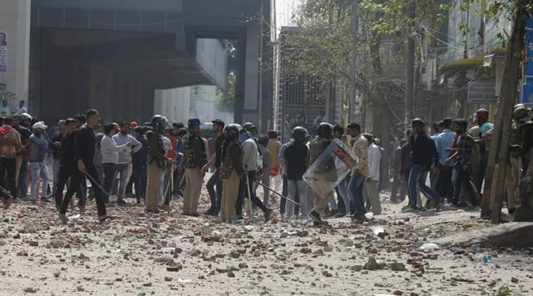 ინდოეთში პოლიციასა და აქციის მონაწილეებს შორის შეტაკების შედეგად შვიდი ადამიანი დაიღუპა