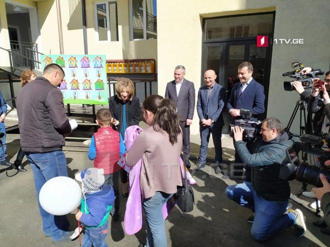 34-м семьям беженцев были переданы квартиры