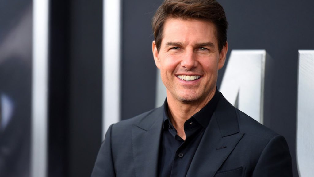 Tom Cruise under quarantine