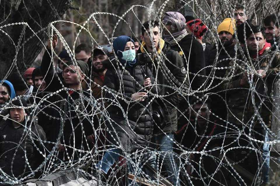 Medianın məlumatına görə, Türkiyə-Yunanıstan sərhədində Suriyalı miqrantları qətlə yetirdilər