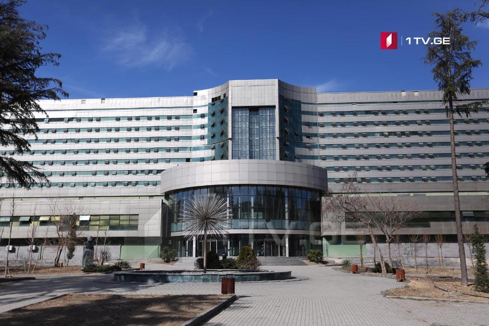 რესპუბლიკური საავადმყოფო ხვალიდან მხოლოდ კორონავირუსით ინფიცირებულ პაციენტებს მიიღებს