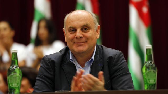 Т.н. власти оккупированной Абхазии просят прокуратуру РФ расследовать возможное отравление Аслана Бжания