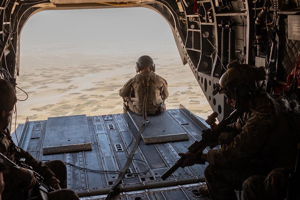 """""""როიტერი"""" - აშშ-მა სამშვიდობო შეთანხმების შემდეგ პირველად """"თალიბანის"""" პოზიციებზე ავიაიერიში მიიტანა"""