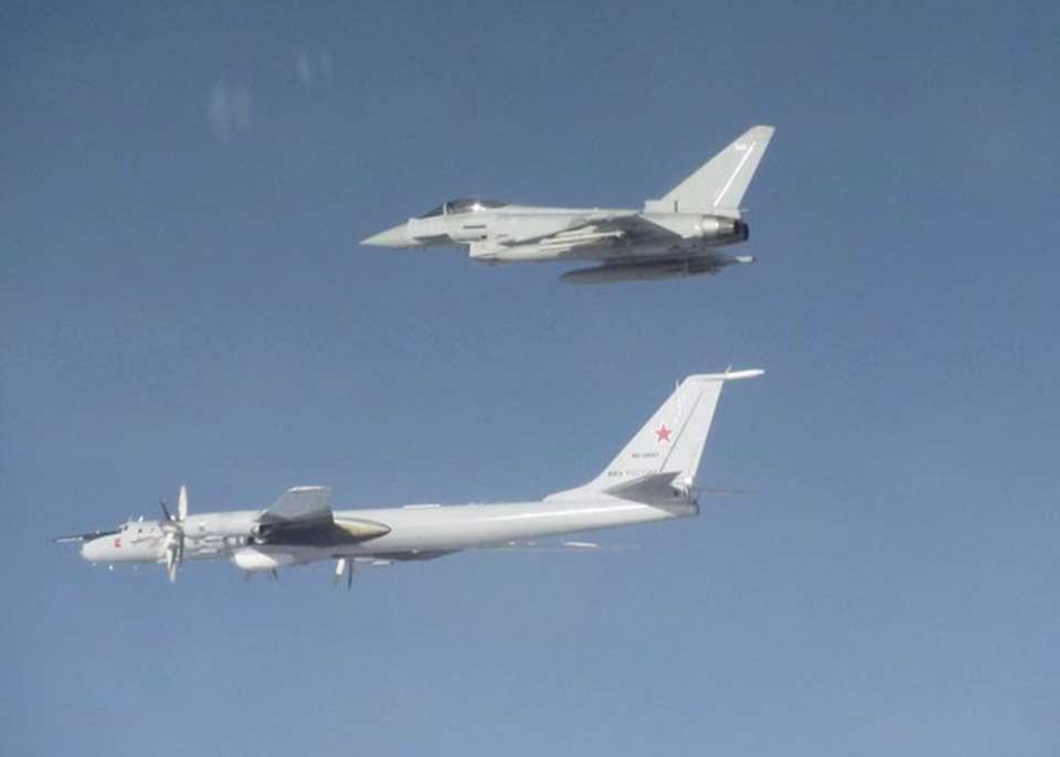 """რუსული მზვერავი თვითმფრინავებისთვის გზის გადასაჭრელად, ბრიტანეთმა """"ტაიფუნის"""" ტიპის სამხედრო თვითმფრინავები გაგზავნა"""