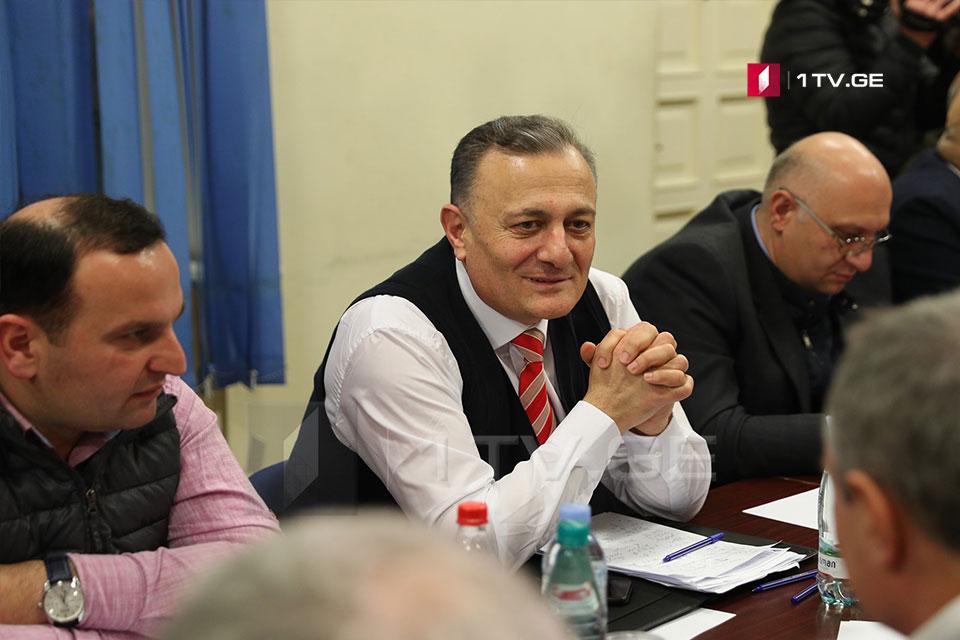 Şalva Natelaşvili - keçmiş prezident olmur, prezident prezidentdir