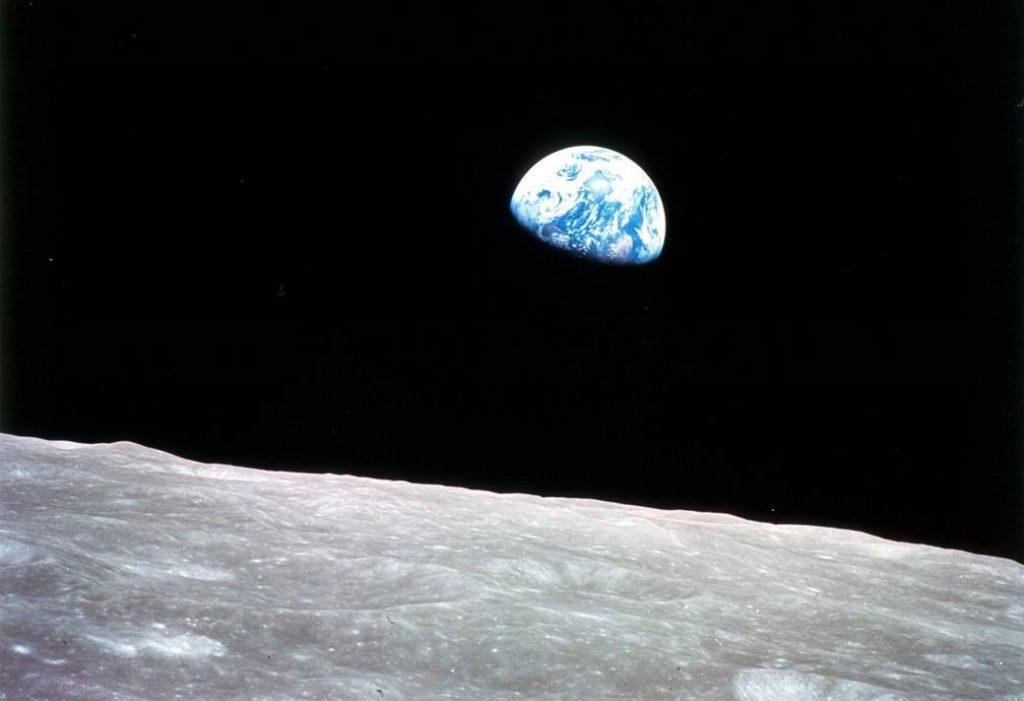 იპოვეთ სიმშვიდე კოსმოსიდან გადაღებული დედამიწის შთამაგონებელ ფოტოებში