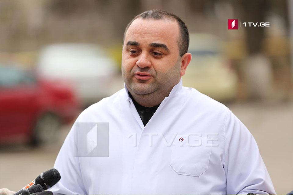 Леван Ратиани - Вчерав Первую университетскую клинику Тбилиси доставили девятидневного младенца с воспалением легких