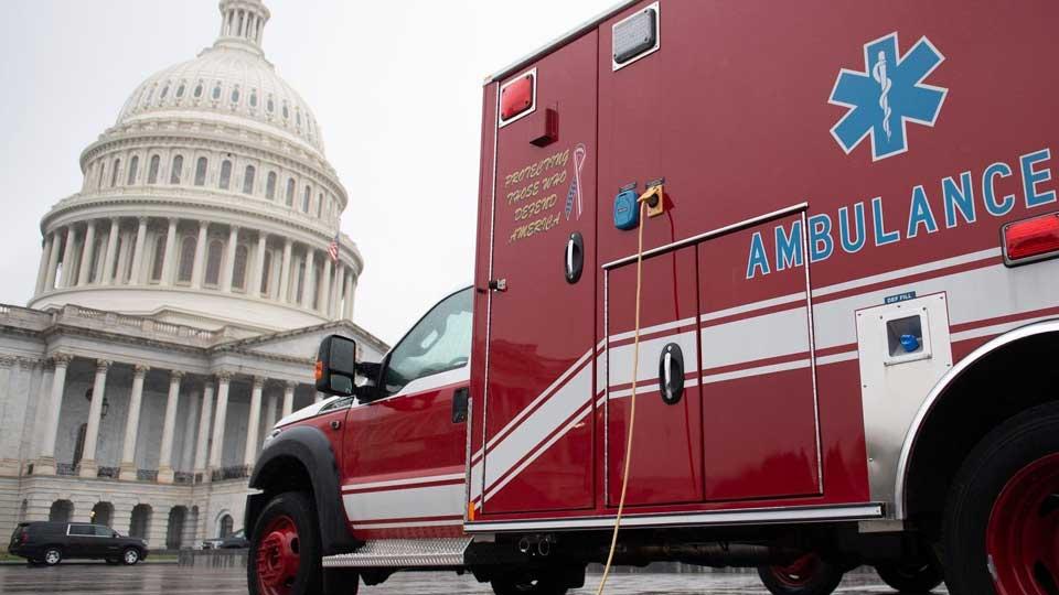 Сенат США утвердил крупнейший в истории страны план стимулирования экономики