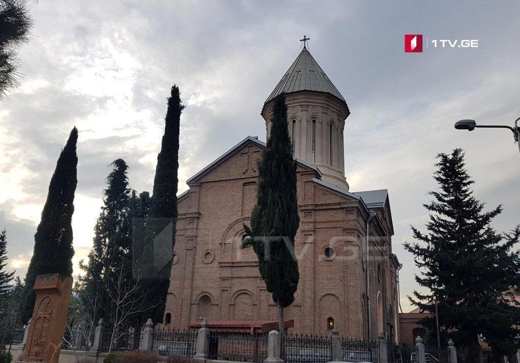 5 აპრილს სომეხთა სამოციქულო წმიდა მართლმადიდებელი ეკლესია ბზობას აღნიშნავს