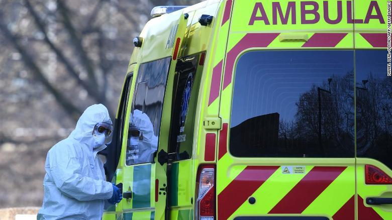 ბრიტანეთში გასულ დღე-ღამეში კორონავირუსით გარდაცვალების 439 და ინფიცირების 4 000-მდე შემთხვევა დაფიქსირდა