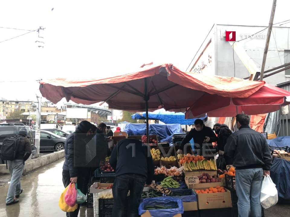 С сегодняшнего дня в Тбилиси закрылись аграрные рынки