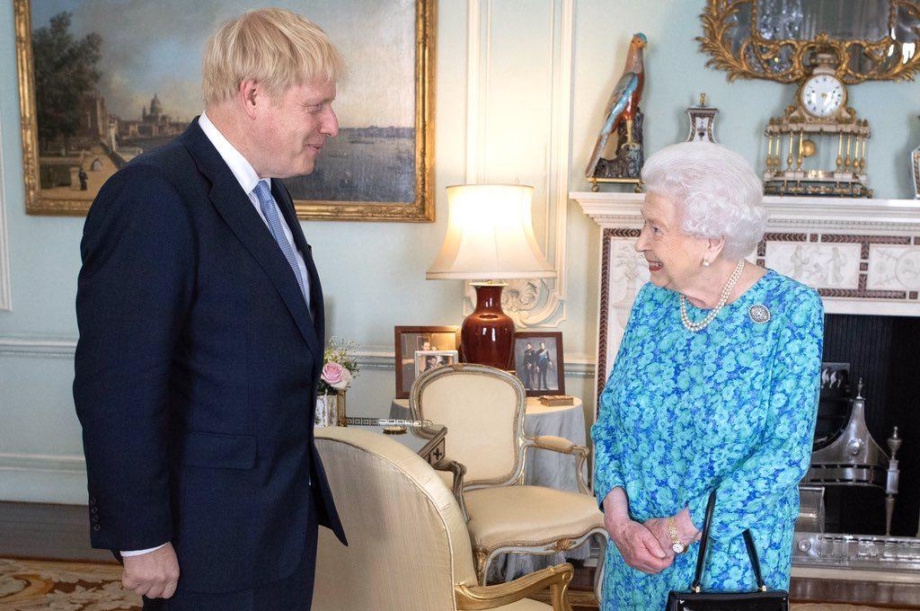 დიდი ბრიტანეთის სამეფო ოჯახი ბორის ჯონსონს გამოჯანმრთელებას უსურვებს